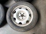 Org. Set Vw Transporter winterbanden velgen 17 inch T6 T5 Nokian_