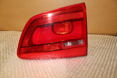 Achterlicht achter binnen Rechts Touran Facelift 1T0945094